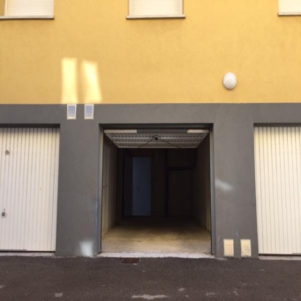 Offres de location Garage Frontignan 34110